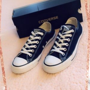 Brand New Black/White Converse